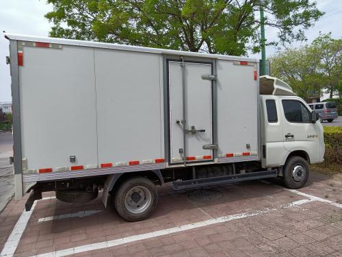 福田箱货3米8出售